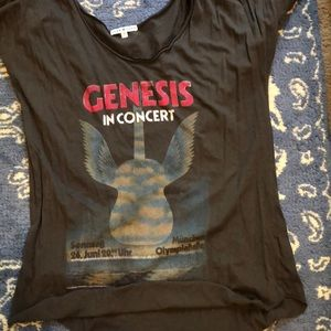 Junk food genesis concert tee medium
